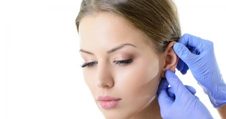 عملية تجميل الأذن لتحسين شكل وحجم الأذن مع الوجه