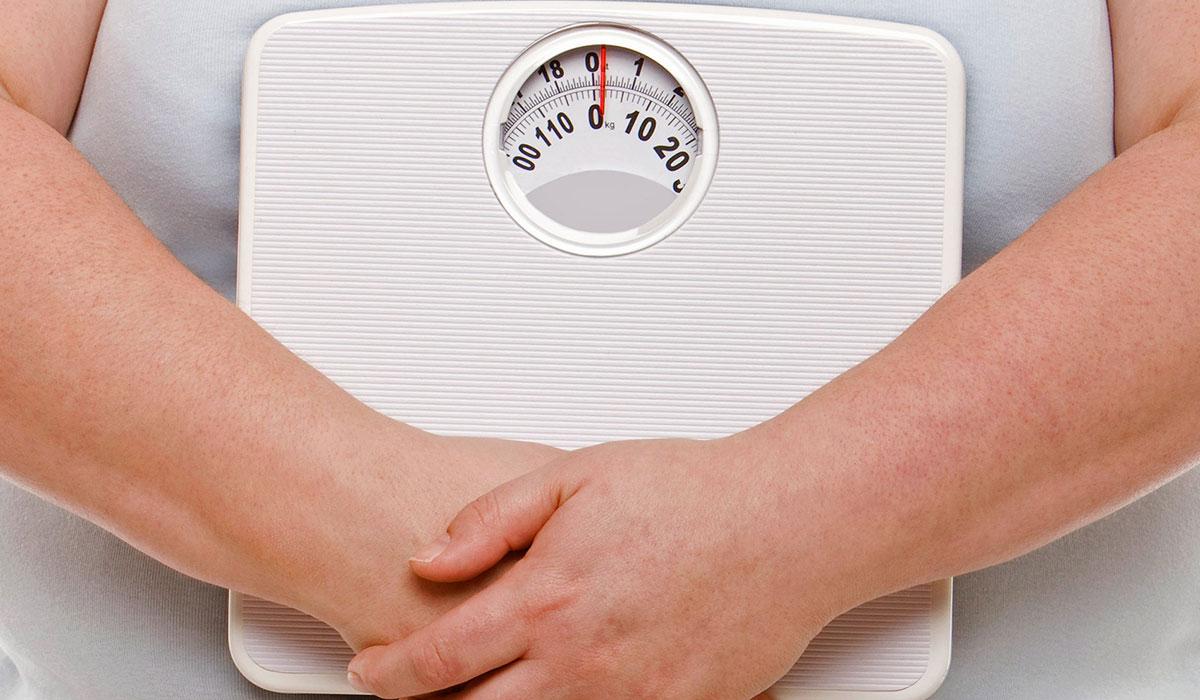 مخاطر عملية شفط الدهون وكيف يمكن الاستعداد لإجراء العملية؟