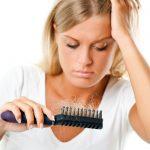 اعراض تساقط الشعر